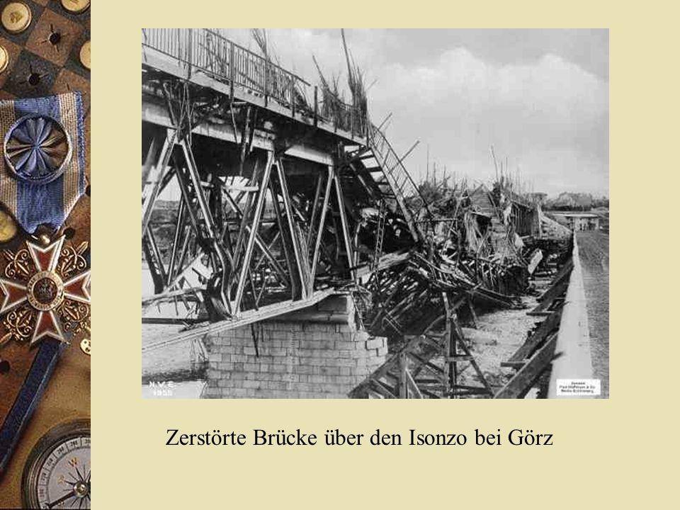Zerstörte Brücke über den Isonzo bei Görz
