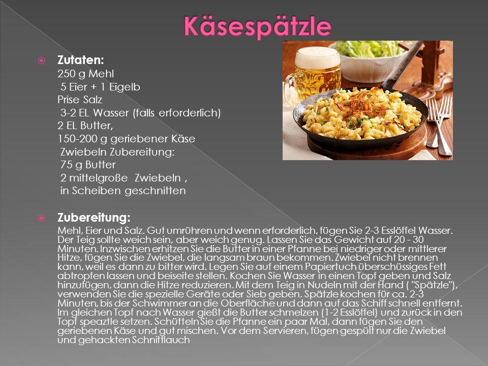  Zutaten: 250 g Mehl 5 Eier + 1 Eigelb Prise Salz 3-2 EL Wasser (falls erforderlich) 2 EL Butter, 150-200 g geriebener Käse Zwiebeln Zubereitung: 75 g Butter 2 mittelgroße Zwiebeln, in Scheiben geschnitten  Zubereitung: Mehl, Eier und Salz.