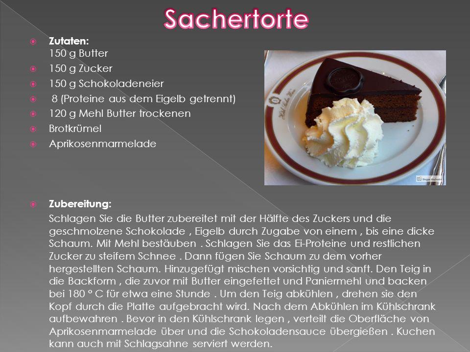 Traditionelle österreichische Küche mit Kartoffeln in verschiedenen Formen angeboten.