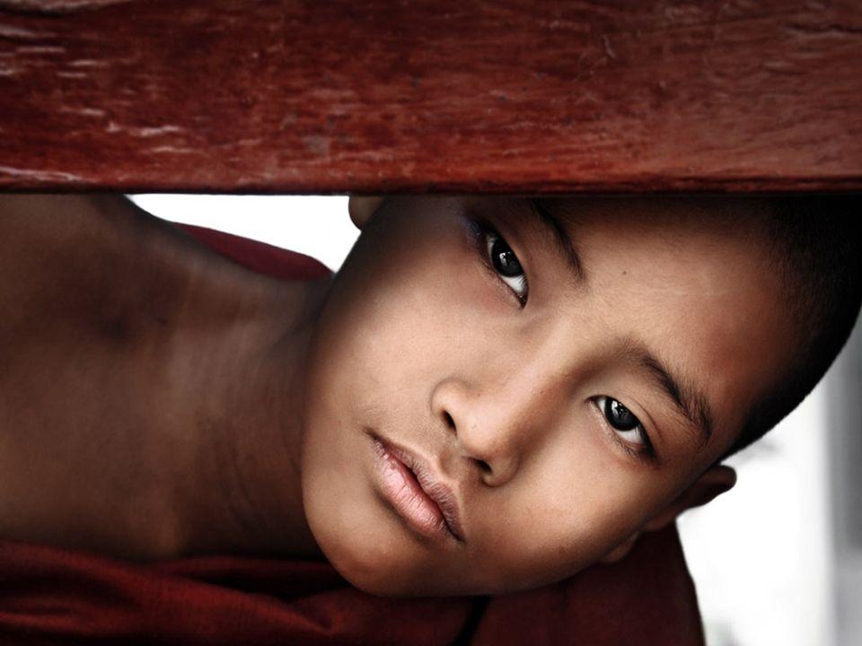 David Lazar ist ein Fotograf und Musiker aus Brisbane, Australien der es liebt die Momente des Lebens, der Schönheit und Kultur einzufangen.