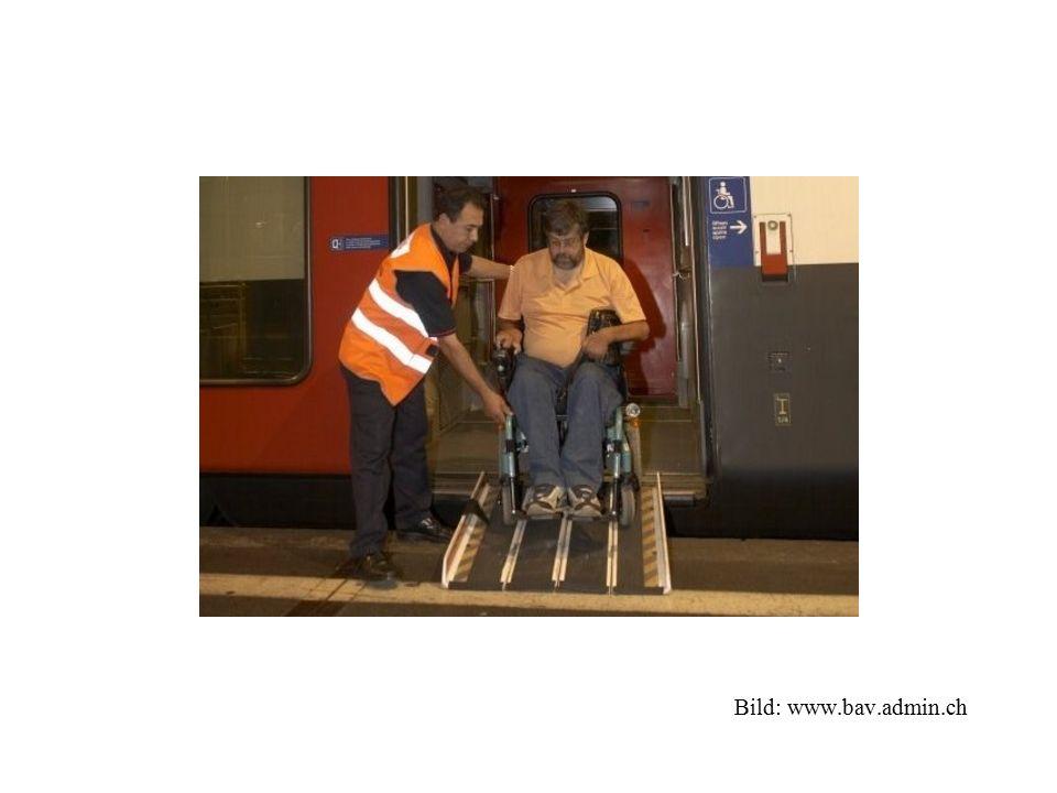 Erfasste Fahrzeuge und Einrichtungen Zwei Anforderungen: - Öffentliche Zugänglichkeit - Anwendbarkeit eines verkehrsrechtlichen Spezialerlasses