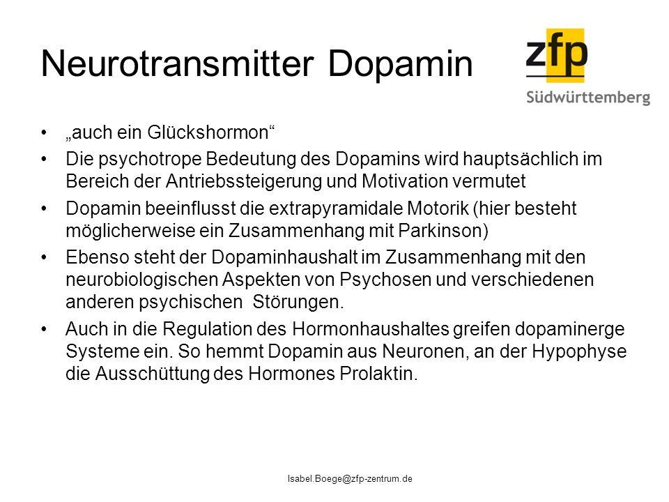 """Neurotransmitter Dopamin """"auch ein Glückshormon Die psychotrope Bedeutung des Dopamins wird hauptsächlich im Bereich der Antriebssteigerung und Motivation vermutet Dopamin beeinflusst die extrapyramidale Motorik (hier besteht möglicherweise ein Zusammenhang mit Parkinson) Ebenso steht der Dopaminhaushalt im Zusammenhang mit den neurobiologischen Aspekten von Psychosen und verschiedenen anderen psychischen Störungen."""
