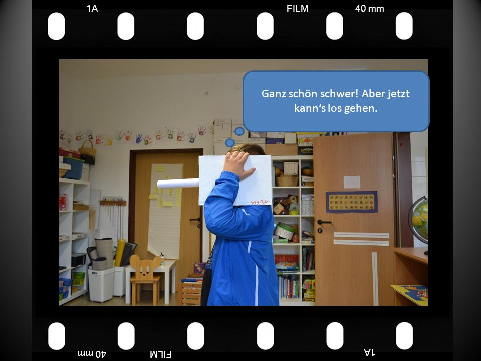 FILM40 mm1A FILM40 mm Die Jungs müssen mir die Sterne anheften, aber das lassen die Frauen nicht zu.