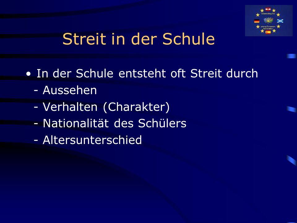 Peer-Mediationsgruppe im Hochseilgarten Selbstvertrauen Gruppenzusammenhalt