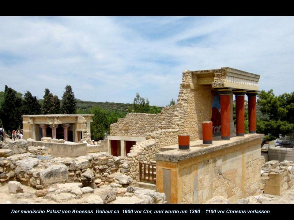 Minoische Kultur Die minoische Kultur wurde auf der Insel Kreta begründet. Sie dominierte die Ägäis für 1000 Jahr von rund 2600 bis 1600 vor Chr. Sie
