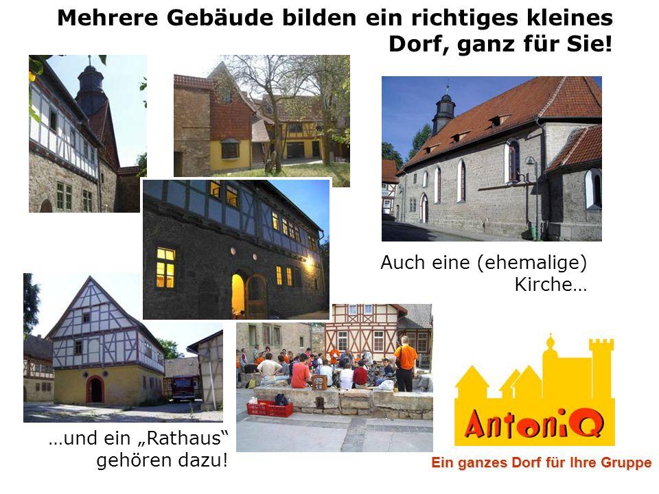 """Mehrere Gebäude bilden ein richtiges kleines Dorf, ganz für Sie! Auch eine (ehemalige) Kirche… …und ein """"Rathaus"""" gehören dazu! Ein ganzes Dorf für Ih"""