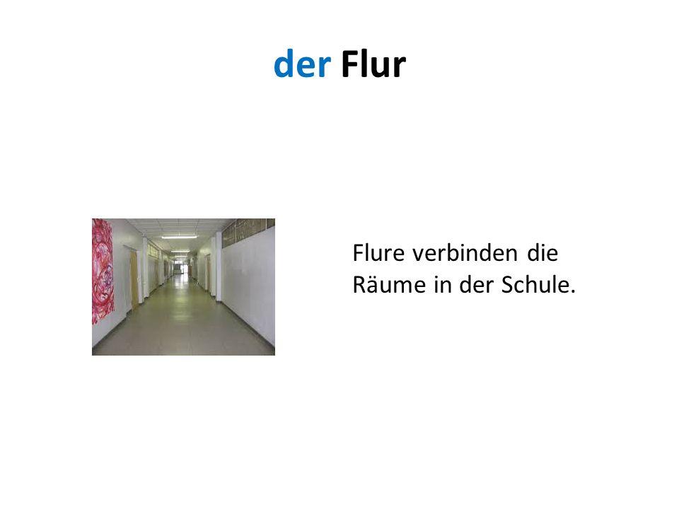 der Flur Flure verbinden die Räume in der Schule.