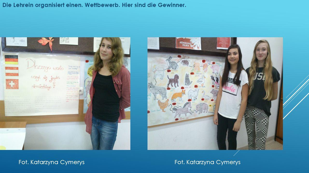 Die Lehrein organisiert einen. Wettbewerb. Hier sind die Gewinner. Fot. Katarzyna Cymerys