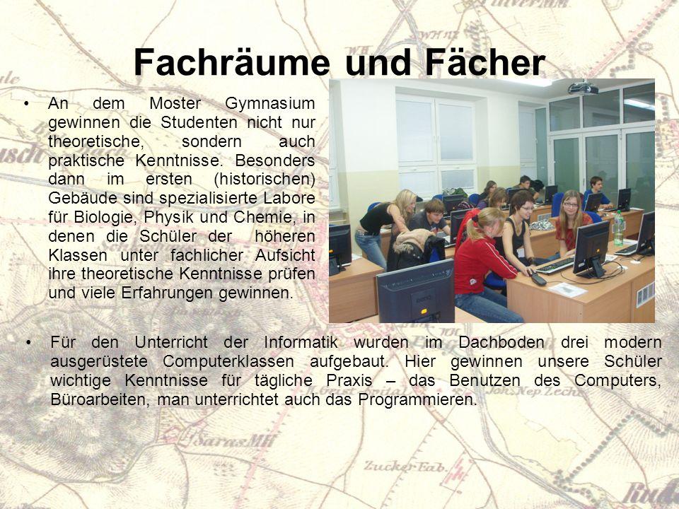 Fachräume und Fächer An dem Moster Gymnasium gewinnen die Studenten nicht nur theoretische, sondern auch praktische Kenntnisse.