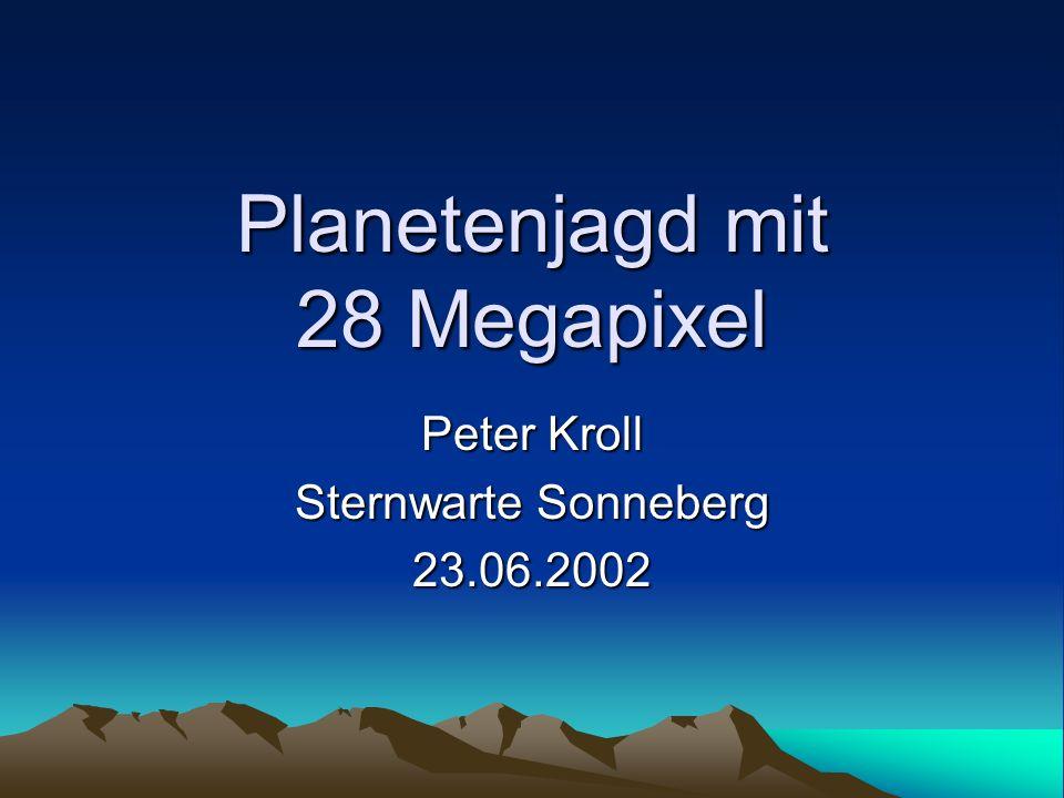 Hintergrund Projekt ASPA: All-Sky Patrol Astrophysics Ablösung der photographischen Himmelsüberwachung durch CCD großflächige CCD erforderlich Ziel: Überdeckung des (gesamten sichtbaren) Himmels möglichst tief mit möglichst guter Auflösung möglichst häufig
