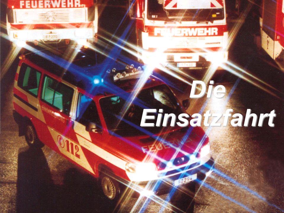 OBM Stefan Schiavulli www.ff-blofeld.de Ausbildung Feuerwehr Blofeld Folie 1 Die Einsatzfahrt