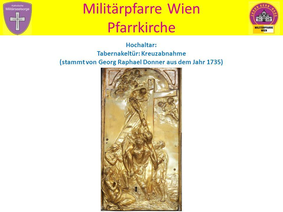 Militärpfarre Wien Pfarrkirche Blick zur Empore mit Orgel - stammt aus der alten Invalidenhauskirche - angeblich hat auch W.