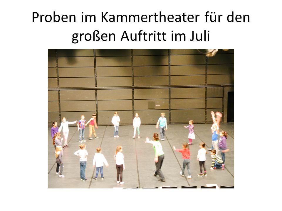Proben im Kammertheater für den großen Auftritt im Juli