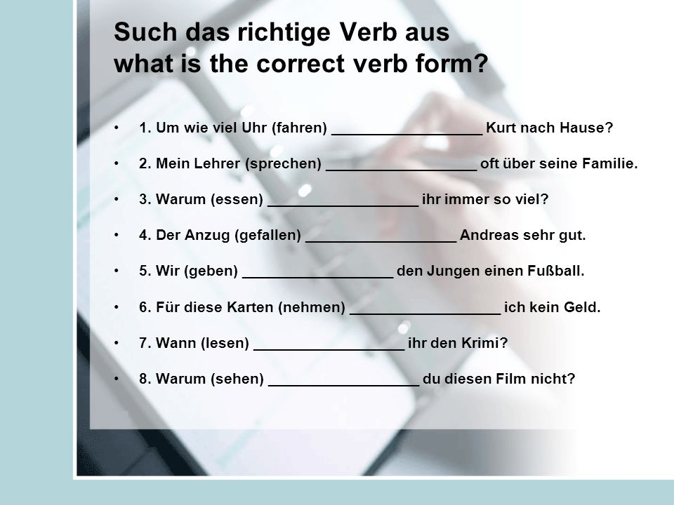 Written response Write an 8 sentence paragraph, answering several questions in German.