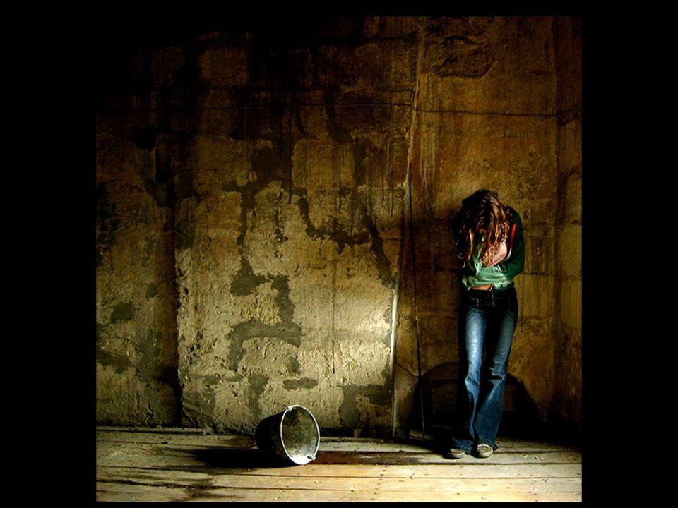 Bild Nachdenkends Mädchen