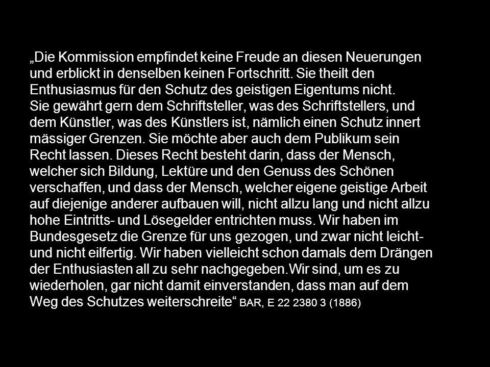 Max Kummer: Das urheberrechtlich schützbare Werk (1968) Präsentationstheorie: Was die Maschine hervorgebracht muss vom Menschen präsentiert werden und durch Deklaration zum Gegenstand des Urheberrecht erhoben werden.
