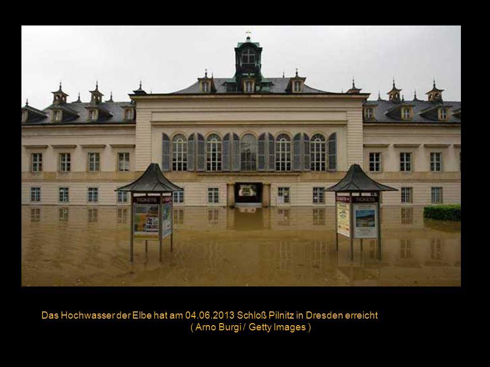 Das überflutete Kloster Weltenberg am 04.06.2013 ( Daniel Karmann / Getty Images )