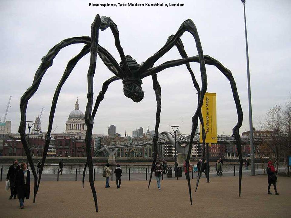 Riesenspinne, Tate Modern Kunsthalle, London