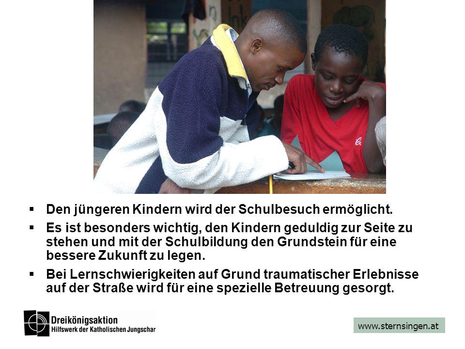 www.sternsingen.at  Den jüngeren Kindern wird der Schulbesuch ermöglicht.  Es ist besonders wichtig, den Kindern geduldig zur Seite zu stehen und mi