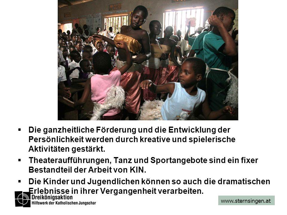 www.sternsingen.at  Die ganzheitliche Förderung und die Entwicklung der Persönlichkeit werden durch kreative und spielerische Aktivitäten gestärkt. 
