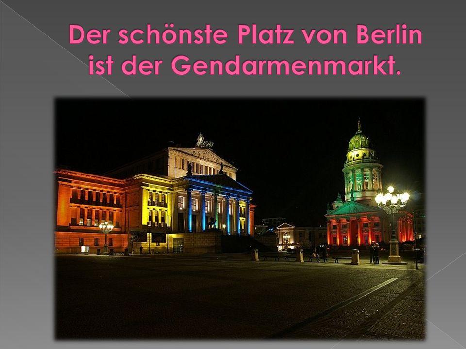  tagt Deutscher Parlament. steht die Humboldt-Universität.