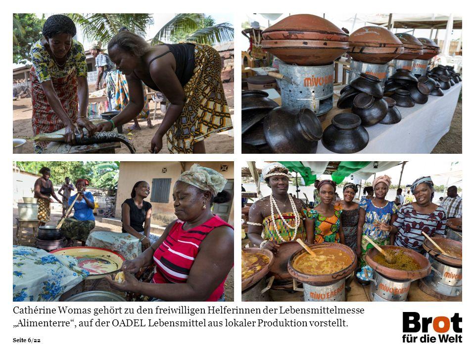 """Seite 6/22 Cathérine Womas gehört zu den freiwilligen Helferinnen der Lebensmittelmesse """"Alimenterre , auf der OADEL Lebensmittel aus lokaler Produktion vorstellt."""