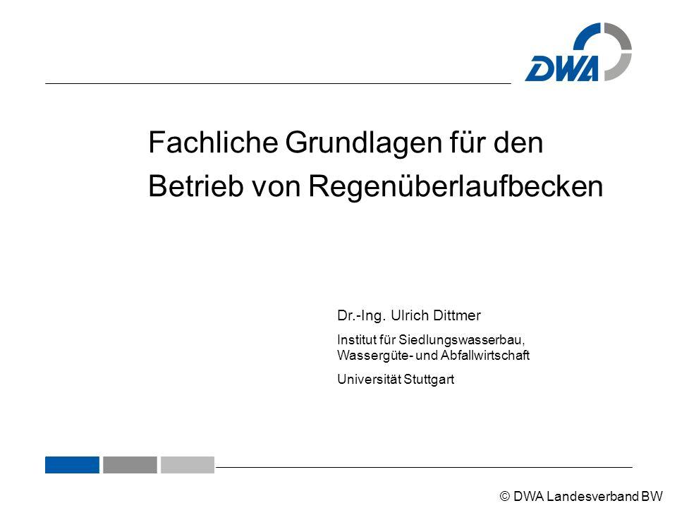 © DWA Landesverband BW Grundlagen - Stauraumkanäle  In der Regel Rohrleitungen mit großem Durchmesser  Unterscheidung nach Anordnung der Entlastung: Stauraumkanäle mit obenliegender Entlastung (SKO): wirken wie Fangbecken im Hauptschluss Stauraumkanäle mit untenliegender Entlastung (SKU): Gefahr, dass bei Starkregenereignissen abgesetzte und wieder aufgewirbelte Stoffe in das Gewässer entlastet werden