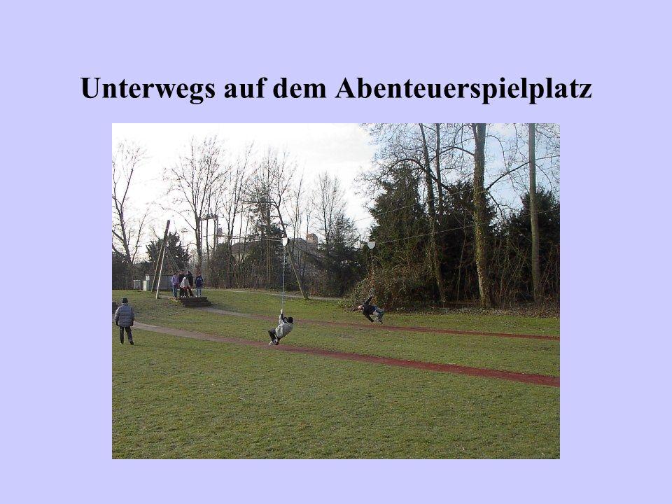 Wintersporttag am 09.03.2004: Eislaufen in der Eisarena Konstanz-Kreuzlingen