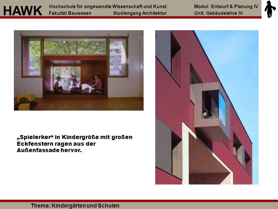 """""""Spielerker"""" in Kindergröße mit großen Eckfenstern ragen aus der Außenfassade hervor. Hochschule für angewandte Wissenschaft und Kunst Modul: Entwurf"""