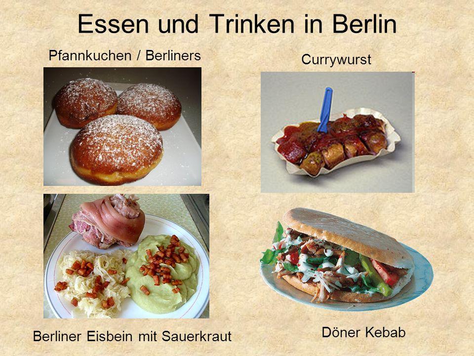 Essen und Trinken in Berlin Pfannkuchen / Berliners Berliner Eisbein mit Sauerkraut Döner Kebab Currywurst
