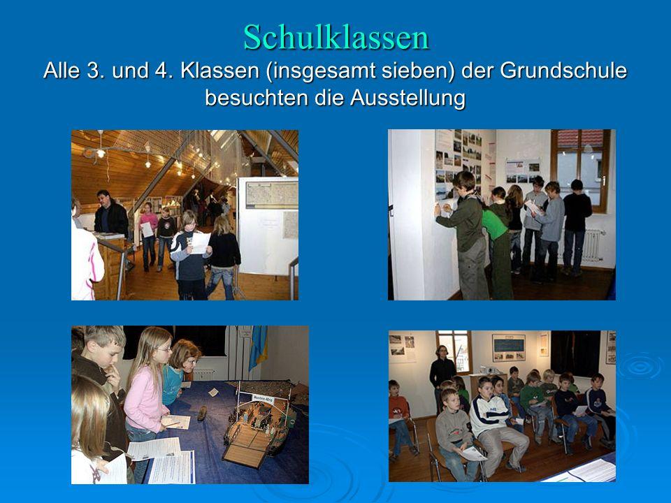 Schulklassen Alle 3. und 4. Klassen (insgesamt sieben) der Grundschule besuchten die Ausstellung