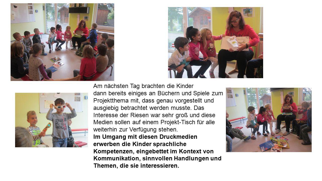Am nächsten Tag brachten die Kinder dann bereits einiges an Büchern und Spiele zum Projektthema mit, dass genau vorgestellt und ausgiebig betrachtet werden musste.