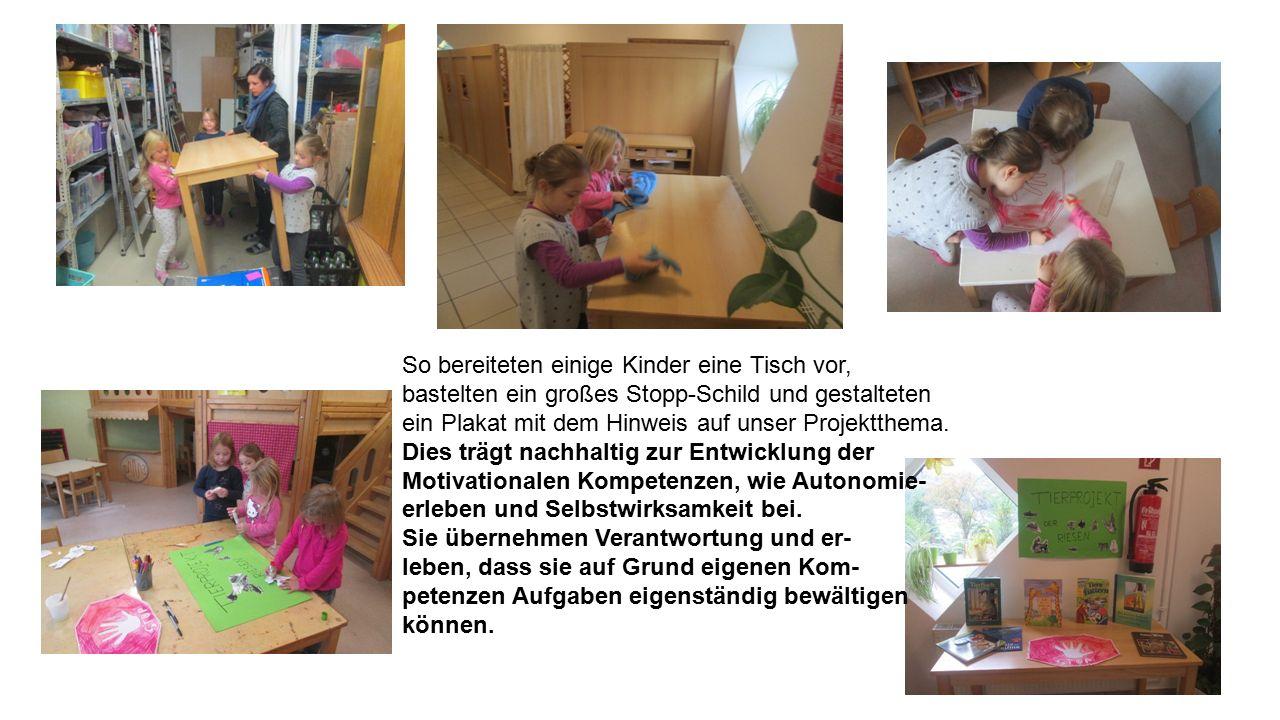 So bereiteten einige Kinder eine Tisch vor, bastelten ein großes Stopp-Schild und gestalteten ein Plakat mit dem Hinweis auf unser Projektthema.