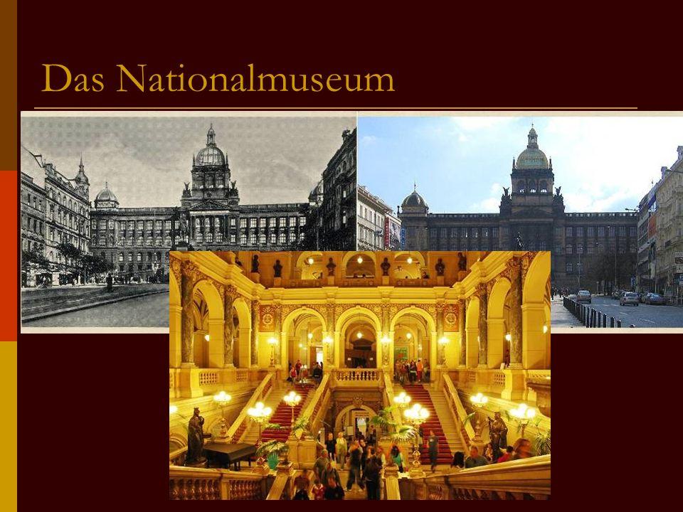 Das Nationalmuseum SSteht am Ende des Platzt GGebaut im Neorenaissancestil BBietet viele Ausstellungen