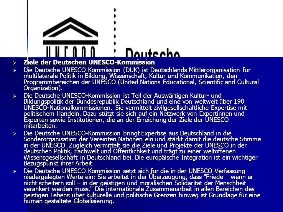 Der Internationale Deutschlehrerverband (IDV)  Wichtigstes und größtes internationales Netzwerk für Deutsch als Fremdsprache  101 Mitgliedsverbände aus 85 Ländern (Stand 2009), die auf allen Kontinenten zu finden sind  Dachverband  Gründungsjahr 1968, erster seiner Art