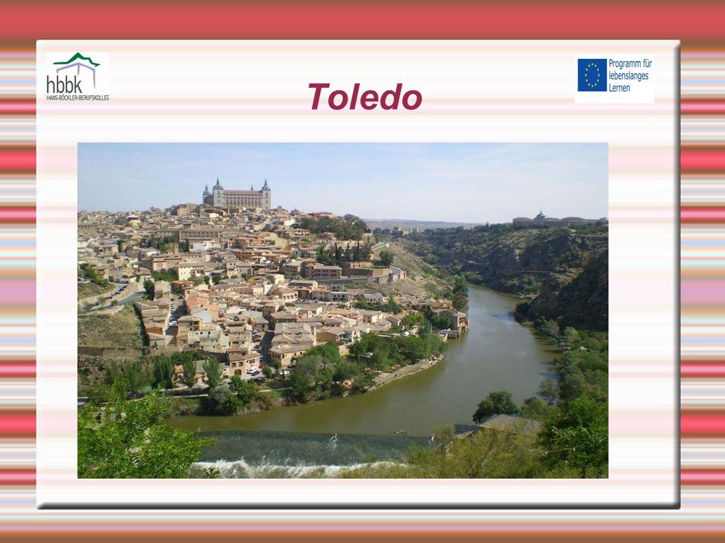 Einleitung Hauptstadt der spanischen Provinz Toledo Liegt 65 km südwestlich von Madrid am Fluss Tajo 2010 besitzt die Stadt 82.849 Einwohner Ist Sitz des Erzbistums Toledo Zusammen mit Segovia und Ávila gehört sie zu den drei historischen Metropolen in der Umgebung