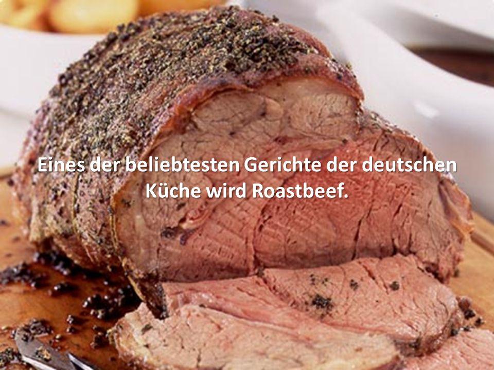 Roastbeef wird meist am Stück im Backofen bei mäßiger Temperatur rosa (medium) gebraten, wodurch es zart, saftig und aromatisch bleibt.