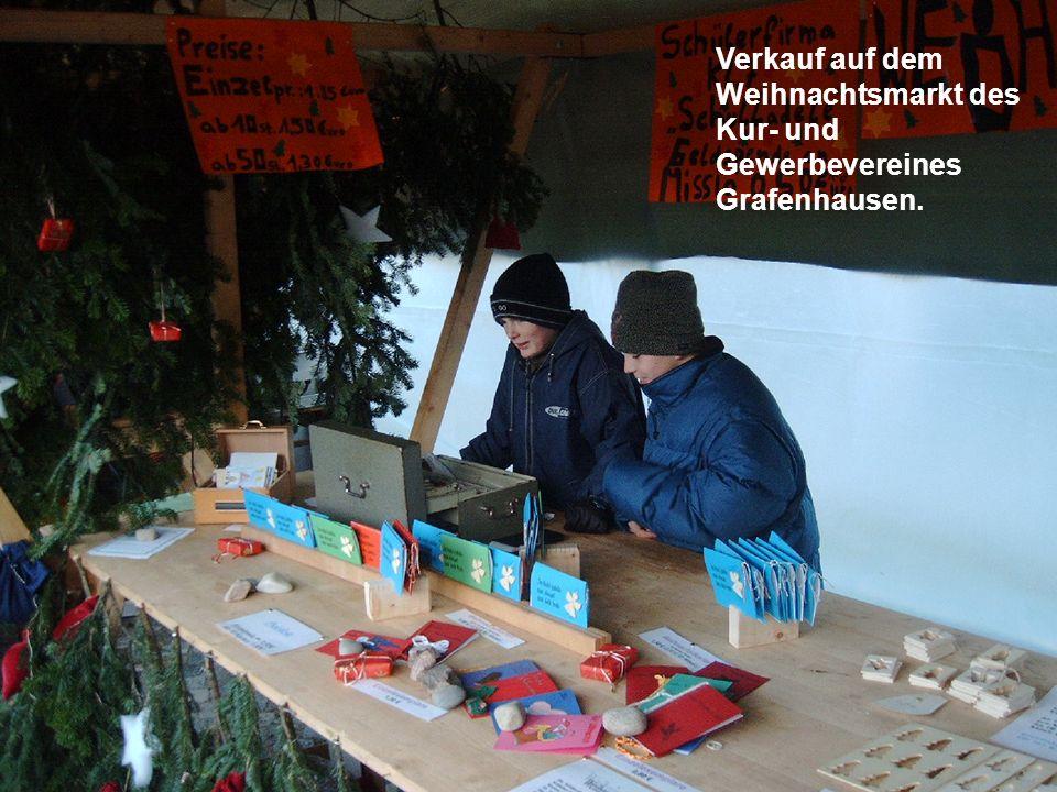 Verkauf auf dem Weihnachtsmarkt des Kur- und Gewerbevereines Grafenhausen.