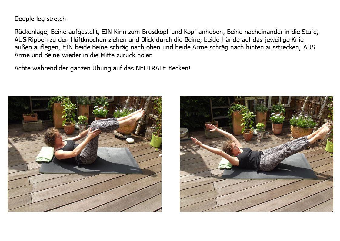 Douple leg stretch Rückenlage, Beine aufgestellt, EIN Kinn zum Brustkopf und Kopf anheben, Beine nacheinander in die Stufe, AUS Rippen zu den Hüftknoc