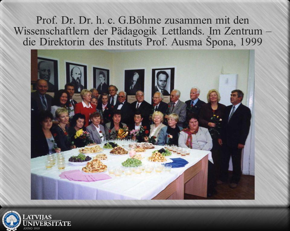 Prof.Dr. Dr. h. c. G.Böhme zusammen mit den Wissenschaftlern der Pädagogik Lettlands.