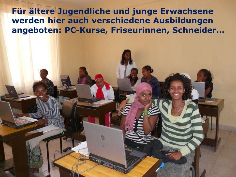 12 We are one EJW-Weltdienst Jahresaktion 2016-2017 Äthiopien: Hilfe für Straßenkinder und Seed Money Fritz Leng Für ältere Jugendliche und junge Erwachsene werden hier auch verschiedene Ausbildungen angeboten: PC-Kurse, Friseurinnen, Schneider…