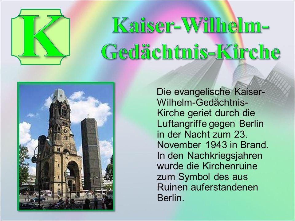Die evangelische Kaiser- Wilhelm-Gedächtnis- Kirche geriet durch die Luftangriffe gegen Berlin in der Nacht zum 23.