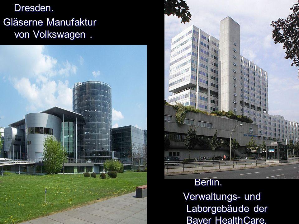 Dresden. Dresden. Gläserne Manufaktur von Volkswagen.