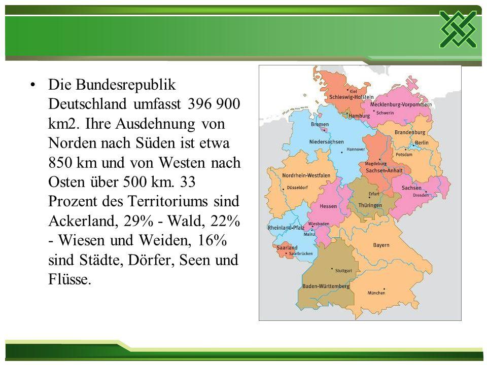 Die Bundesrepublik Deutschland umfasst 396 900 km2.