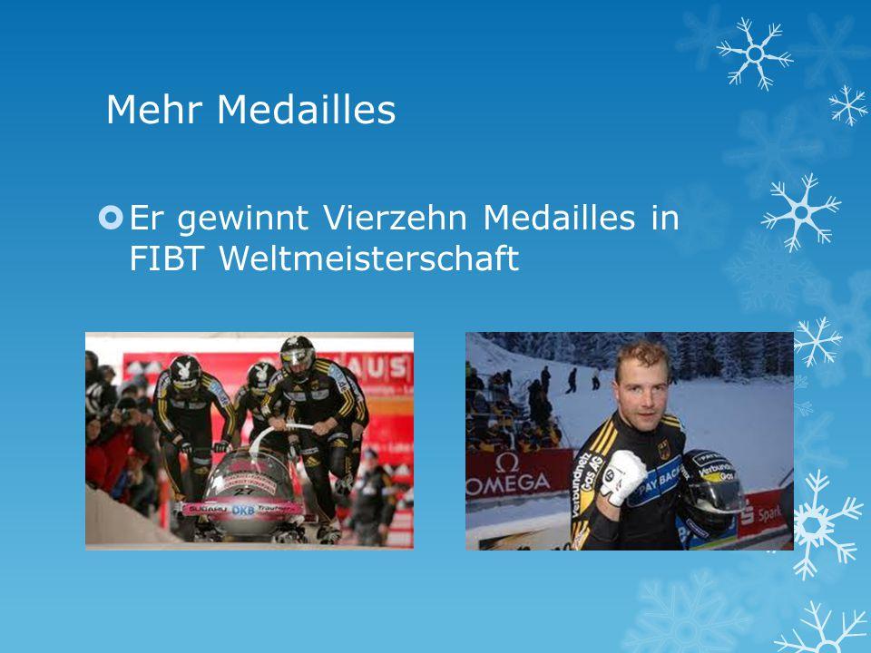 Mehr Medailles Er gewinnt Vierzehn Medailles in FIBT Weltmeisterschaft