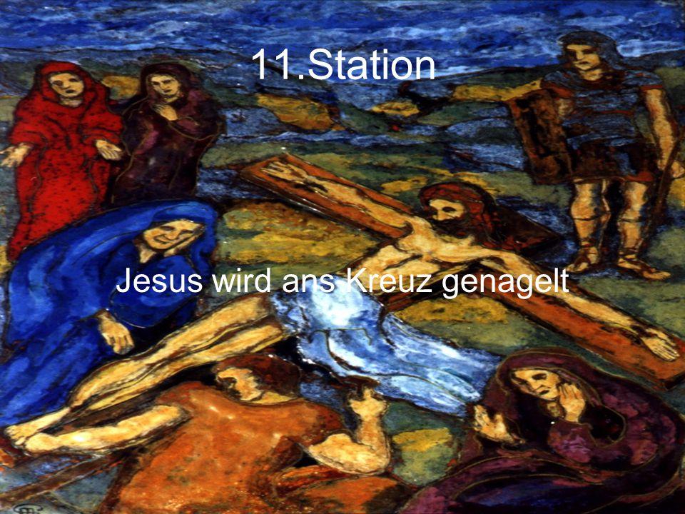 11.Station Jesus wird ans Kreuz genagelt