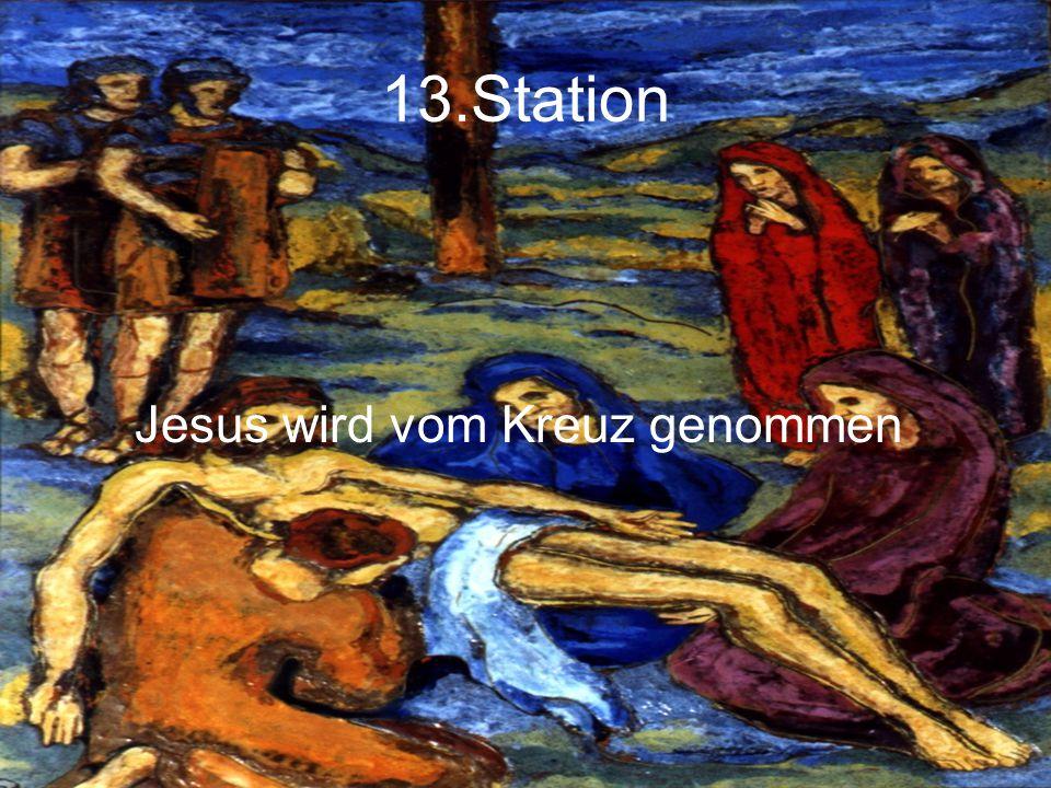 13.Station Jesus wird vom Kreuz genommen