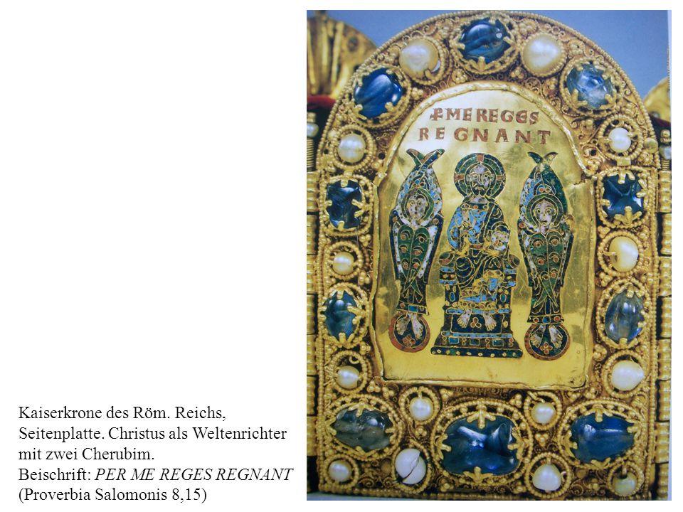 29 Kaiserkrone des Röm.Reichs, Seitenplatte. Christus als Weltenrichter mit zwei Cherubim.
