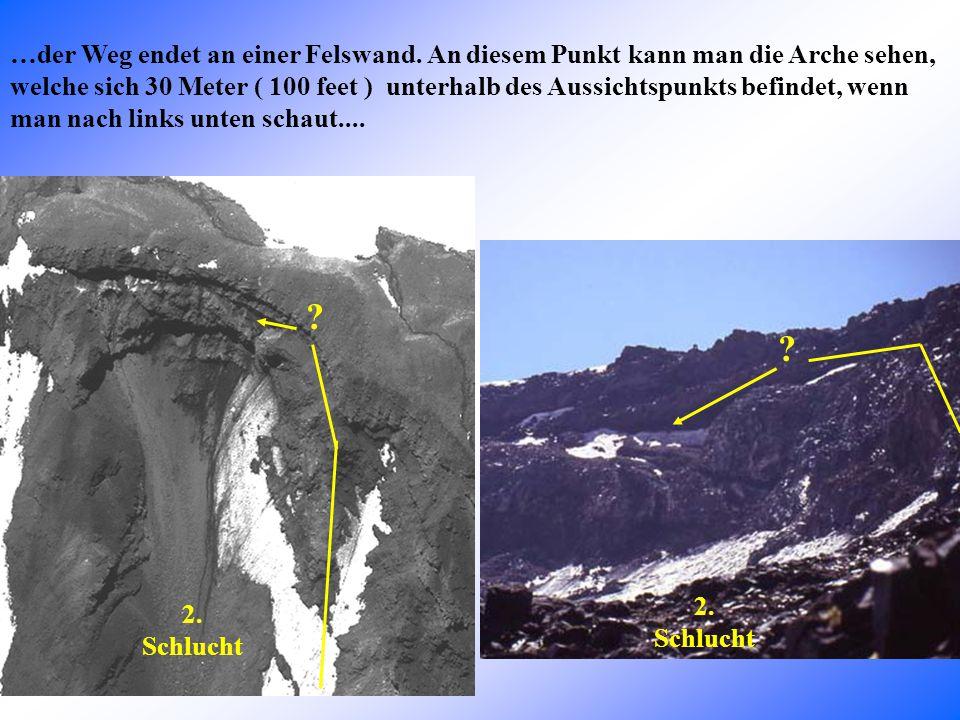 …die Schlucht ist umgeben von kleinen Fels-Spitzen… A B C D Heyelani Ebene