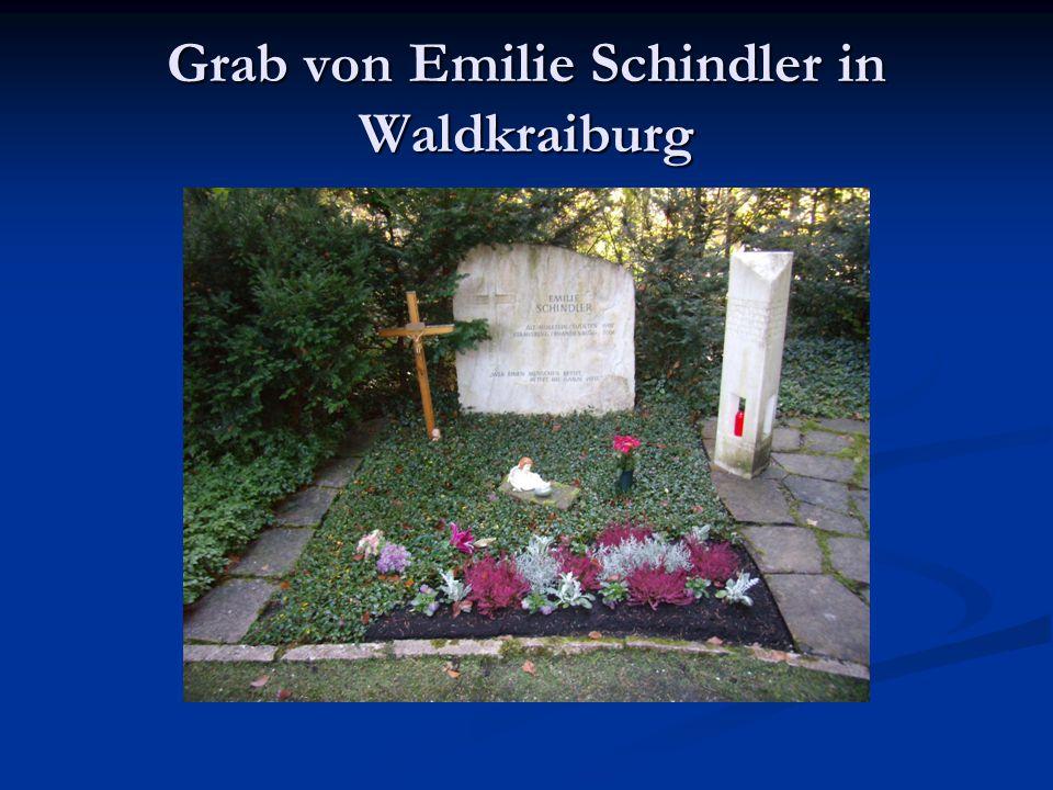 Grab von Emilie Schindler in Waldkraiburg